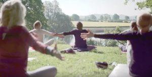 Yoga als Community im Park @ Wehrberg - Preetz