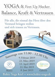 Yoga mit dem Feet-Up® Kopfstand Hocker - Kiel @ Baltic Yoga Studio