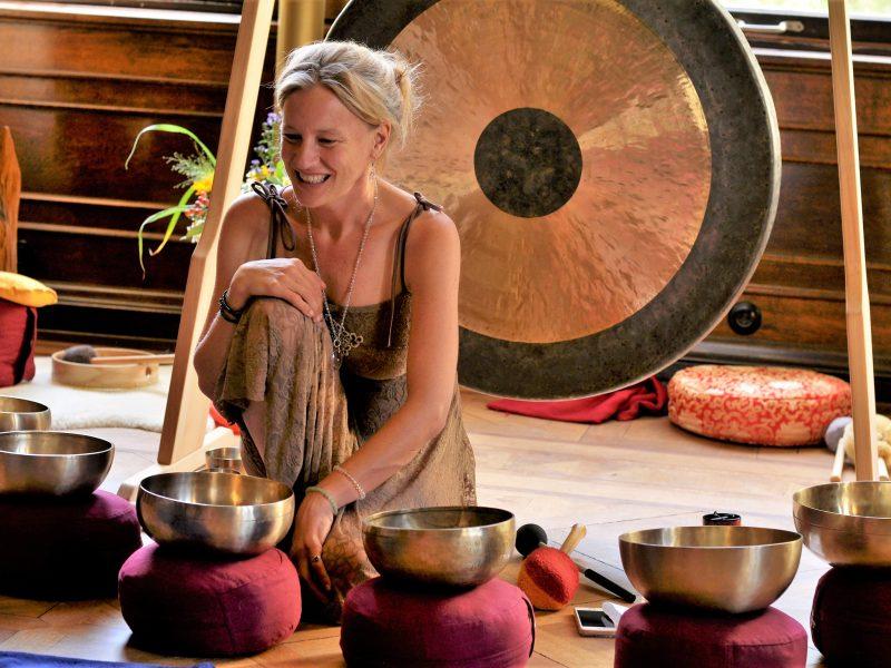 Zwei Besondere Klang Meditationen bewegen das Wochenende