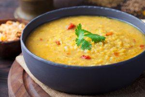 Detox- und Kraftsuppen | Kochen im Sinne des YOGA @ Kochakademie Ayurveda von Holdt