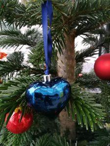 Weihnachtsfeier im Karuna Yoga Raum mit YIN YOGA  und Harfe