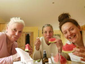 nächtliches Melonen essen